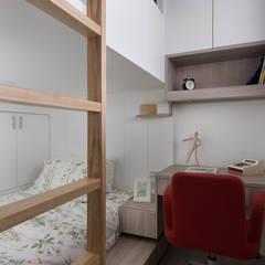 ห้องนอน by 倍果設計有限公司