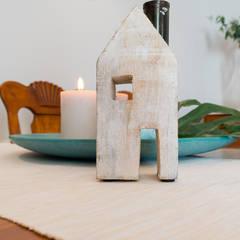 La casa familiar de Sari: Comedores de estilo rústico de custom casa home staging