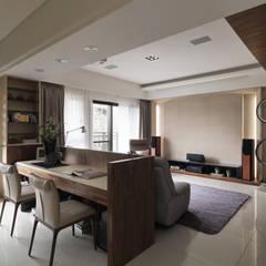 modern Study/office by 星葉室內裝修有限公司