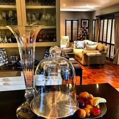 Residential Sandton:  Kitchen by CS DESIGN