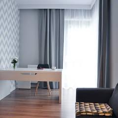 Mieszkanie 80m2 - Wiślane Tarasy: styl , w kategorii Domowe biuro i gabinet zaprojektowany przez INNers - architektura wnętrza