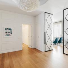 APARTMENT P: Ingresso & Corridoio in stile  di NOMADE ARCHITETTURA E INTERIOR DESIGN