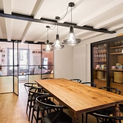 by NOMADE ARCHITETTURA E INTERIOR DESIGN Industrial
