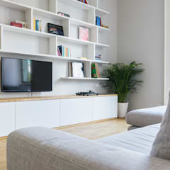 Classic style media rooms by NOMADE ARCHITETTURA E INTERIOR DESIGN Classic
