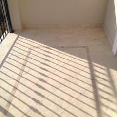Ristrutturazione terrazzo a Roma: Terrazza in stile  di GM Tecnoedil