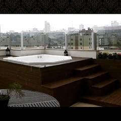 Área de lazer com Spa: Spas ecléticos por Aleggra Design & Arquitetura - Janaina Naves