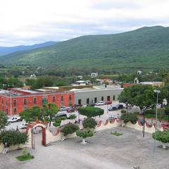 Centro Cultural: Museos de estilo  por Altiplano Arquitectura