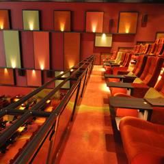 Bioscoop Veldhoven:  Evenementenlocaties door Bobarchitectuur