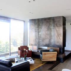 Remodelación Apartamento Echeverry: Salas de estilo  por Contrafuerte