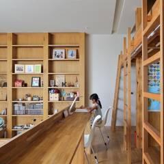 高槻の家: 藤原・室 建築設計事務所が手掛けた子供部屋です。