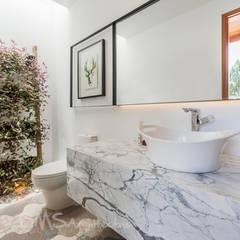 BAÑO: Baños de estilo  por DMS Arquitectas