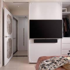 Dormitorios de estilo  por 趙玲室內設計