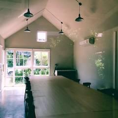 MIRAKI Art school & Workshop:  ห้องทำงาน/อ่านหนังสือ โดย ห้างหุ้นส่วนจำกัด พอสซิเบิล ดีไซน์,
