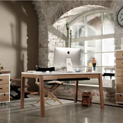 Estudios y despachos de estilo escandinavo por Baltic Design Shop