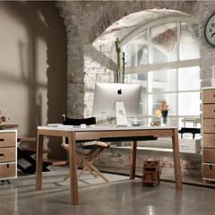 scandinavian Study/office by Baltic Design Shop