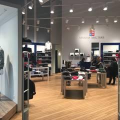 Aurelia Antica Shopping Centre: Negozi & Locali commerciali in stile  di Studio Ad.G.G.