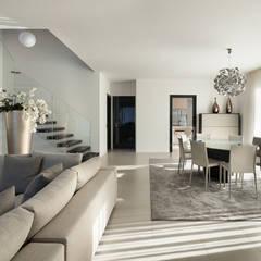 اتاق نشیمن توسطAGA Studio, مدرن