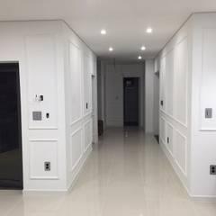 Walls by 원건축