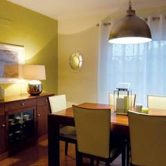 Casa de jantar: Salas de jantar  por maria inês home style