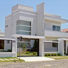 Projeto 2009.11: Casas modernas por Arquiteta Luana Turatti