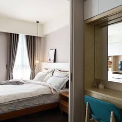 善化  貝森朵夫二期 :  臥室 by 橡樹設計Oak Design