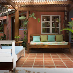 Casa Camburi Corredores, halls e escadas tropicais por SET Arquitetura e Construções Tropical