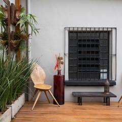 Escritório Aclimação: Escritórios  por SET Arquitetura e Construções