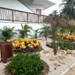 tropische Tuin door ecoexteriores