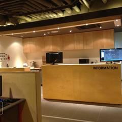 PC 방 _ counter: 디자인알레스의  상업 공간