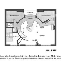 Umbau einer denkmalgeschützten Tabakscheune - Grundriss Galerie:  Wände von Peter Stasek Architects - Corporate Architecture