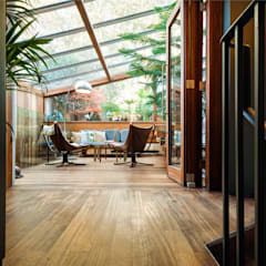 Fashion Street, E1:  Patios & Decks by APT Renovation Ltd
