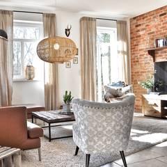 : landhausstil Wohnzimmer von homify