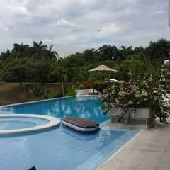 Pool by Construcciones Cubicar S.A.S, Minimalist