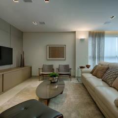 Apartamento Jovem Casal : Salas de estar modernas por Renata Basques Arquitetura e Design de Interiores