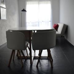 apartamento 603: Comedores de estilo  por cadali