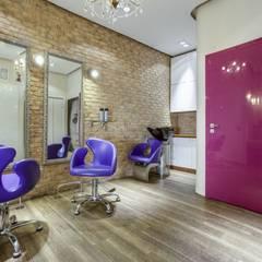 Wnętrze salonu: styl , w kategorii Kliniki zaprojektowany przez Aleksandra Kurowska