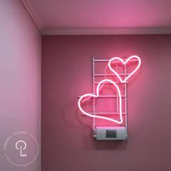 Living room by 캐러멜라운지