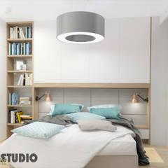 MIESZKANIE PRZY UL. MIŃSKIEJ: styl , w kategorii Sypialnia zaprojektowany przez MIKOŁAJSKAstudio