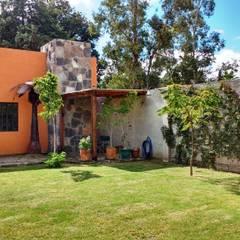 Equilibrio entre naturaleza y construcción: Jardines de estilo  por Alberto M. Saavedra