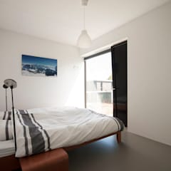 Bedroom by 8A Architecten,