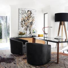 Sandhurst home:  Study/office by Casarredo, Modern