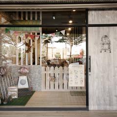 毛小孩旅館:  商業空間 by 寬森空間設計, 鄉村風 木頭 Wood effect