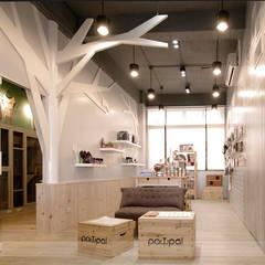 毛小孩旅館:  商業空間 by 寬森空間設計, 鄉村風