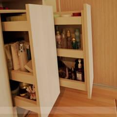 Projekty,  Garderoba zaprojektowane przez 寬森空間設計