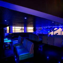 Zona VIP: Bares y discotecas de estilo  por 360arquitectura