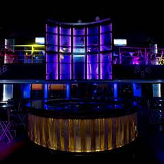 Valentino Club : Bares y discotecas de estilo  por 360arquitectura