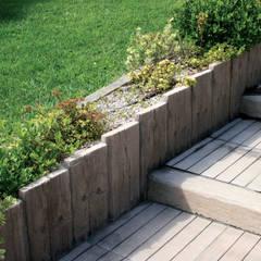 Travessa Teca para criar degraus: Jardins  por Fabistone