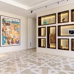 Pyramid Hills Villa:  Corridor & hallway by Jam Space Ltd, Eclectic