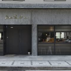 녹번동 빈티지204: 윤홍디자인의  주택