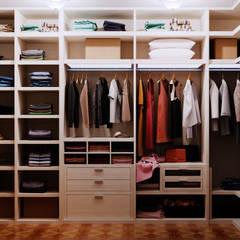 Студия дизайна Interior Design IDEAS의  드레스 룸